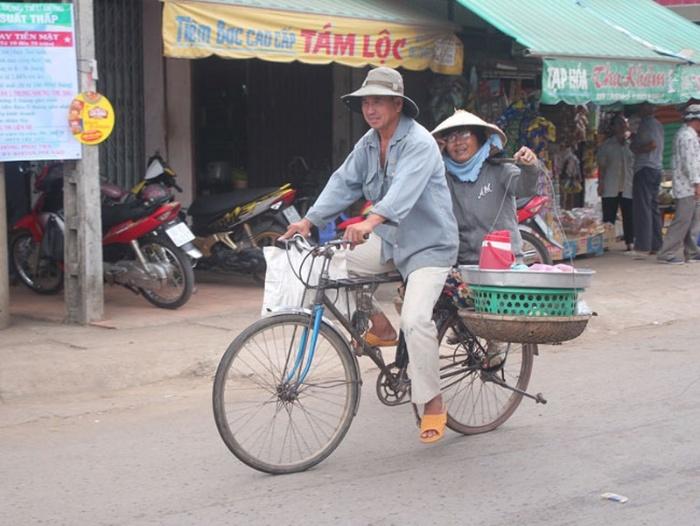 Chiêm bao thấy bản thân đi xe đạp ra chợ