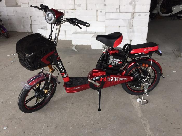 Chiêm bao thấy năm chiếc đạp điện màu đỏ