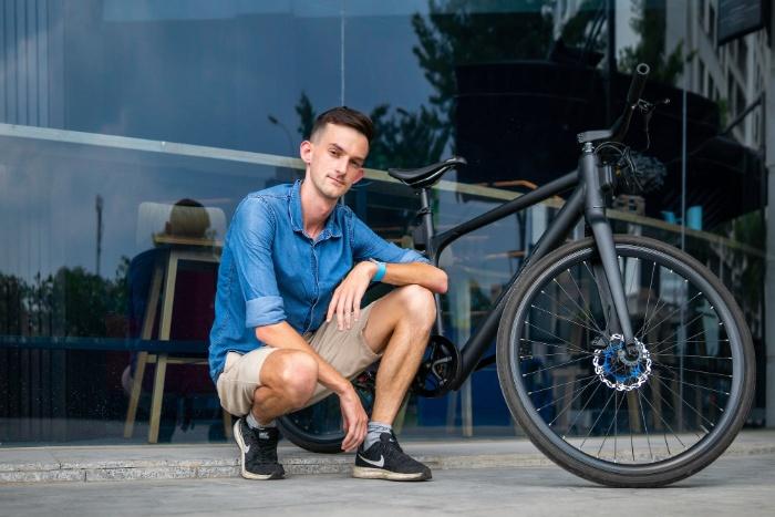 Mơ thấy bạn thân mua mới xe đạp quất ngay và luôn cặp số 11 - 22