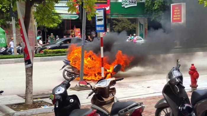 Chiêm bao thấy chiếc xe máy của mình bị cháy