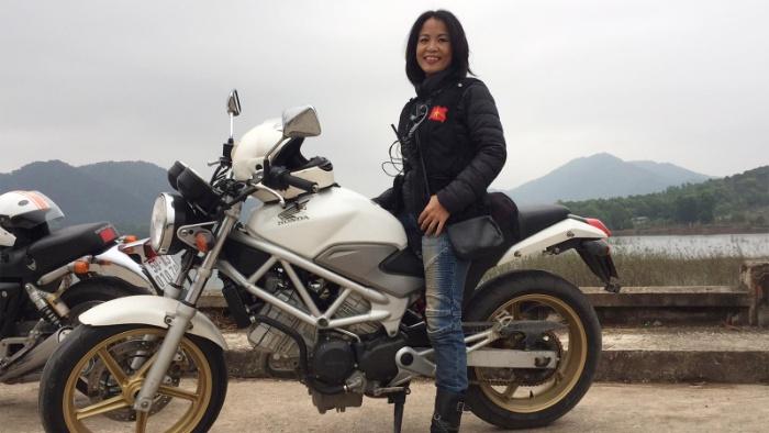 Phụ nữ nằm mơ thấy mình đang đi xe moto đánh con 28 - 80