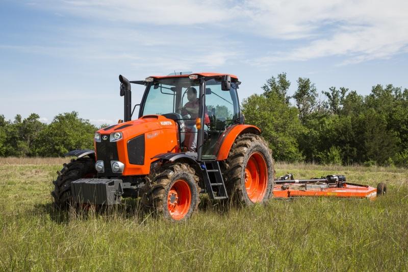 Máy cày được xem là người bạn thân thiết và hỗ trợ đắc lực cho người nông dân