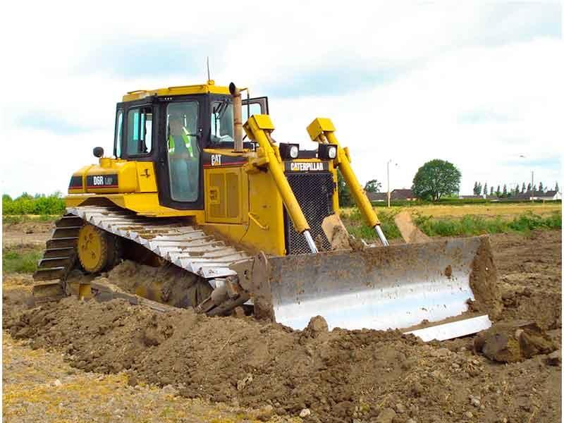 Mộng thấy xe ủi đang ủi đất trước nhà mình chốt ngay cặp 23 - 45.